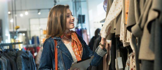 Nagyszerű áron vásárolhat remek használt ruhákat gyorsan és egyszerűen, saját üzletébe is.