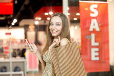 Kedvező áron vásárolhat minőségi női ruhákat.