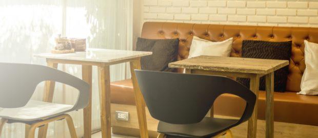 Remek áron igényelhet modern étterem berendezést.