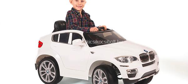 Remek bmw elektromos kisautót vásárolhat.