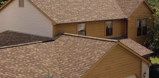 Remek áron terveztethet zsindelyes tetőt!